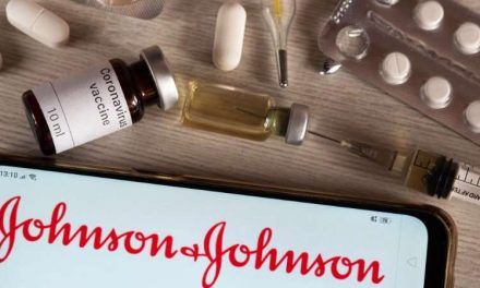 Hospital de Massachusetts recibe 2,000 dosis de vacuna contra el COVID de Johnson & Johnson