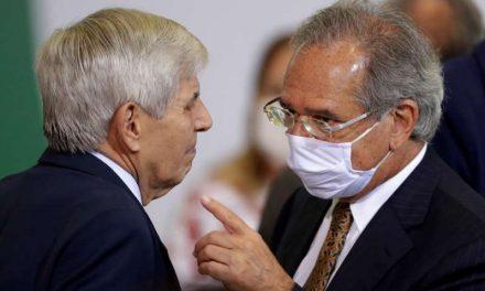 Economía de Brasil sufre mayor desplome en décadas