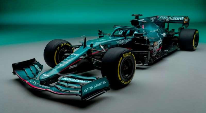 """Tom Brady y """"James Bond"""" reaccionan al auto con el que Aston Martin regresa a Fórmula 1 tras 60 años de ausencia"""