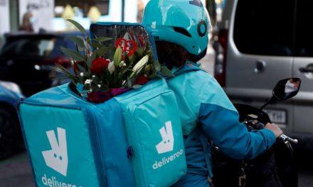 """Deliveroo repartirá 18 millones euros entre 36.000 """"riders"""" al salir a bolsa"""