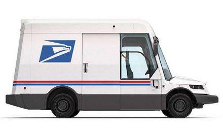 Demócratas proponen 6,000 MDD para vehículos eléctricos en el servicio postal