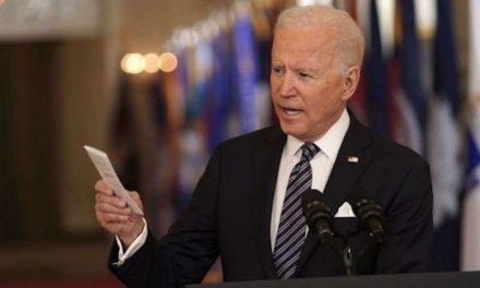 """Con 75 Millones de vacunas administradas en sólo 50 días; Joe Biden apunta al 4 de julio como fecha de la """"independencia del virus"""" en Estados Unidos"""