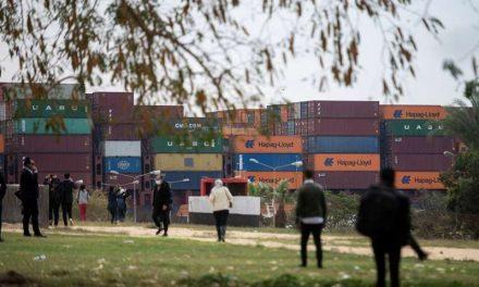 El bloqueo del canal de Suez provocará sobrecostes a empresas y mayor precio
