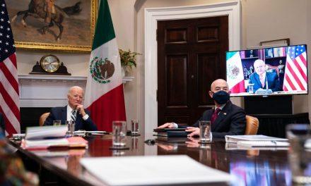 """Estados Unidos dice que tratará a México como un """"igual"""". Pero nada de vacunas"""