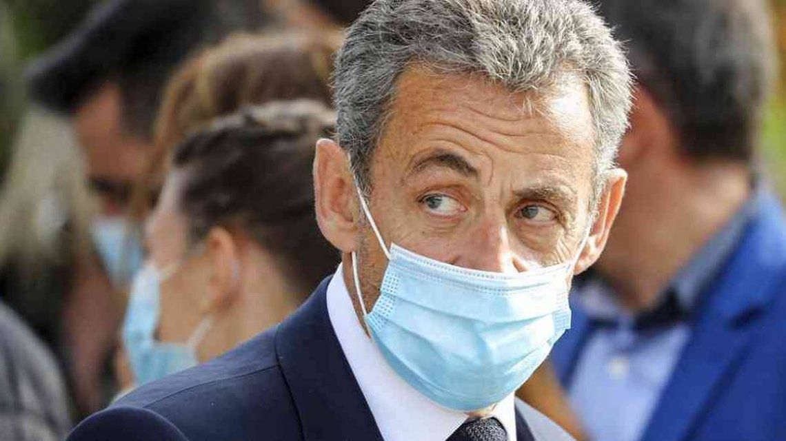 Nicolas Sarkozy, condenado a tres años de prisión por corrupción y tráfico de influencias