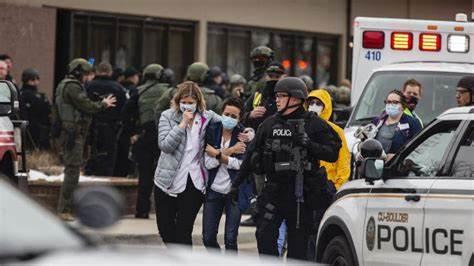 10 dead in Colorado supermarket shooting