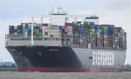 Cómo liberaron el colosal buque Ever Given en el Canal de Suez