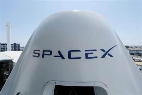 """Ingeniero de SpaceX se declara culpable de vender """"información privilegiada"""" en la dark web"""