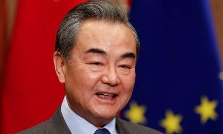 """China se muestra """"gravemente preocupada"""" por el vertido de agua de Fukushima"""