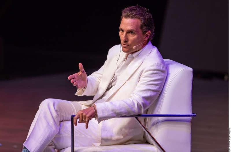 El actor Matthew McConaughey luce como favorito a la gobernación de Texas