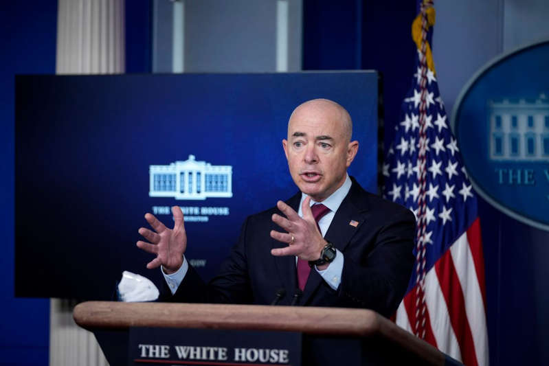 Administración Biden aumenta visas de trabajo temporal y varias serán para centroamericanos