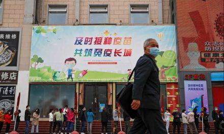China dice haber vacunado a 200 millones de ciudadanos