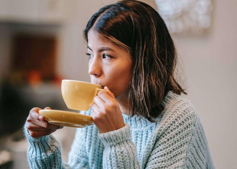 Esta compañía de café te paga $3,000 por tomar más descansos en tu jornada laboral