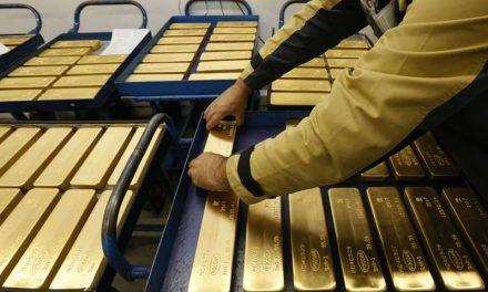 Oro cae por expectativas de recuperación económica, minutas de la Fed