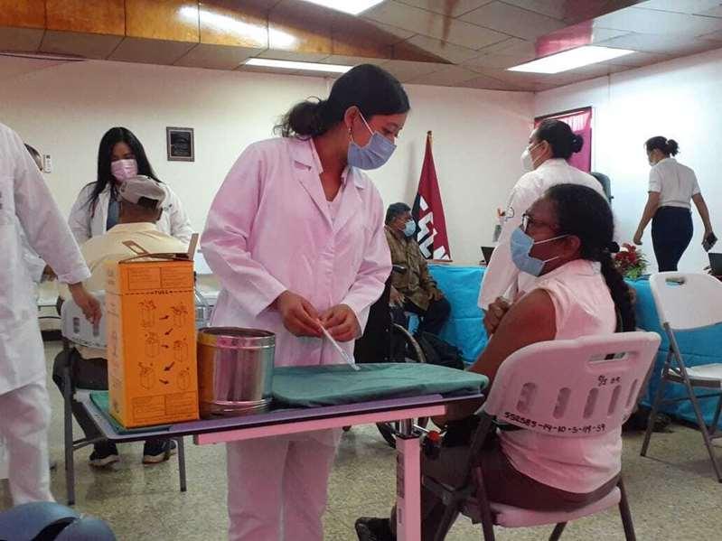 Nicaragua avanza en campaña de vacunación contra COVID