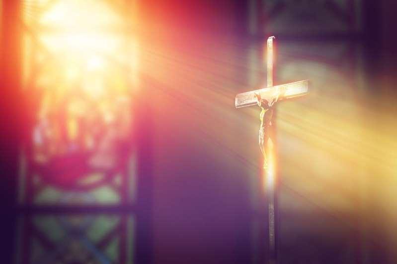 Imagen de Jesucristo mueve la cabeza durante misa; esta es la explicación