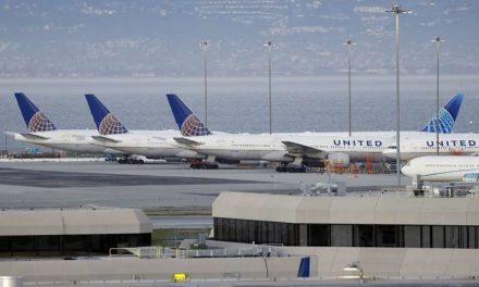 United Airlines observa una mayor demanda y busca recaudar 10.750 millones