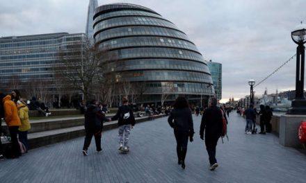 Brexit y el coronavirus ponen a Londres de rodillas