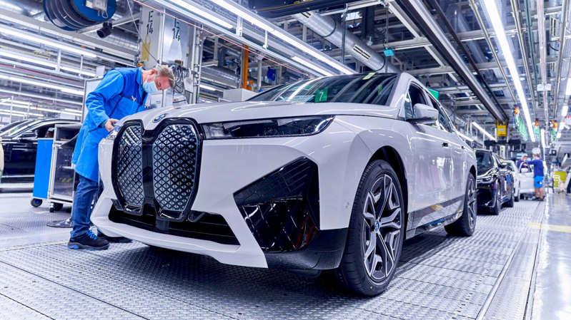 BMW logra que los autos eléctricos emitan ruido como los de gasolina