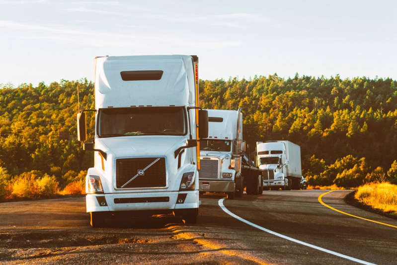 ¿Eres Camionero desempleado? SISU Energy de Texas está dispuesta a pagar $14,000 dólares semanales a Operadores de trailers