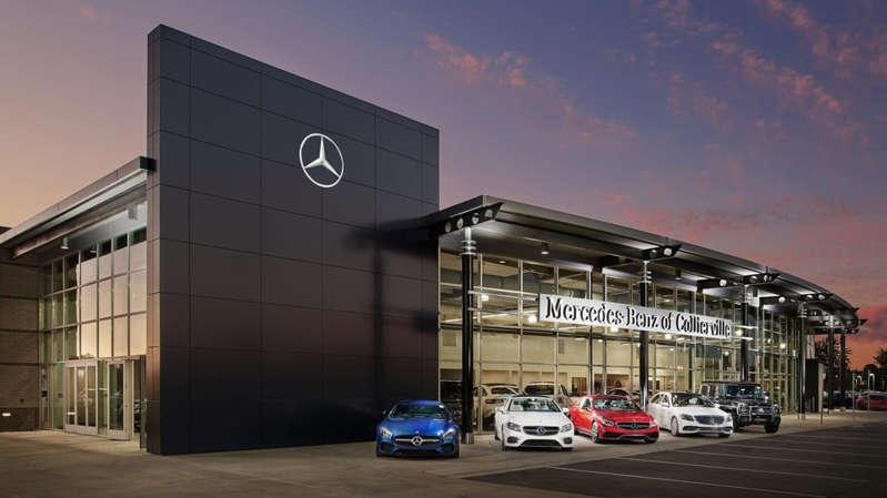 Daimler pretende vender 25 showrooms Mercedes-Benz