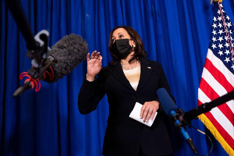 """Estados Unidos debe ser un refugio seguro"""": Kamala Harris defiende en Noticias Telemundo a los migrantes tras pedirles que """"no vengan"""""""