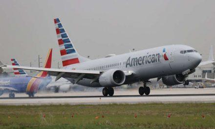 ¿Por qué American Airlines está cancelando vuelos?