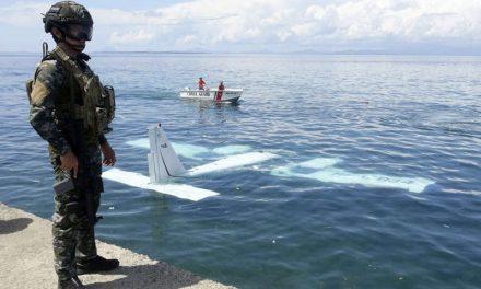 Encuentran la caja negra del avión militar siniestrado en Filipinas