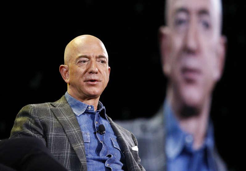 Amazon inicia una nueva etapa. Jeff Bezos deja las riendas de la empresa que fundó hace 27 años