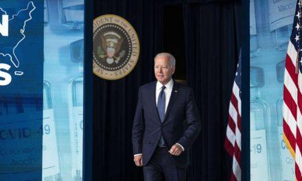 """Biden ve """"daños mínimos"""" en empresas de EE.UU. tras el ciberataque a Kaseya"""
