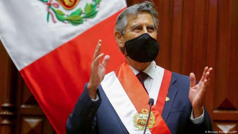 Sagasti culmina mandato en Perú con 52% de aprobación