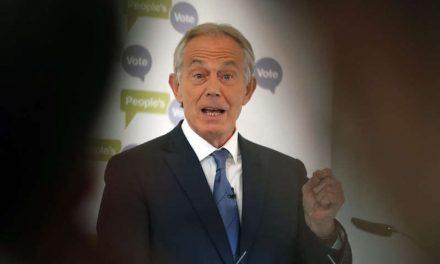 Blair critica retiro de Estados Unidos de Afganistán