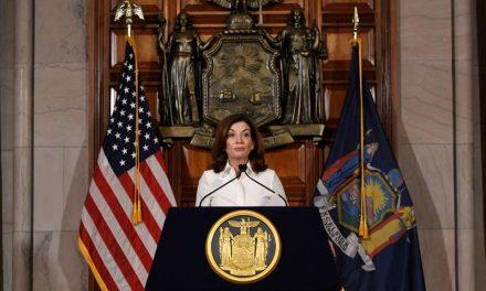 Nueve mujeres son gobernadoras en Estados Unidos, igualando un récord