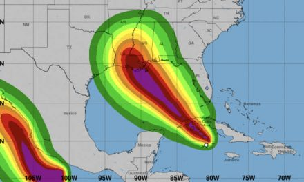 Ida se convierte en huracán y Nueva Orleans comienza las evacuaciones