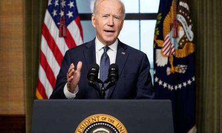 Biden defiende el retiro de Estados Unidos de Afganistán y lanza advertencia a talibanes