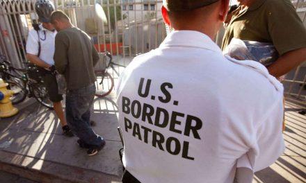 Administración Biden aplicaría nuevas reglas a inmigrantes que piden asilo, incluidas expulsiones aceleradas