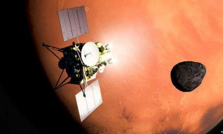 Japón planea traer a la Tierra muestras del suelo de una de las lunas de Marte en 2029