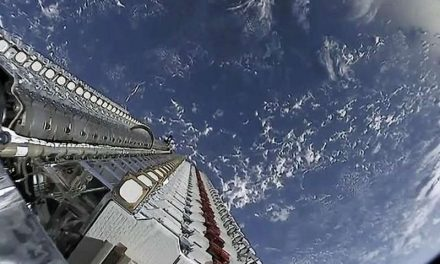 """Satélites Starlink de SpaceX que casi colisionan con otras naves están """"fuera de control"""", predice científico"""