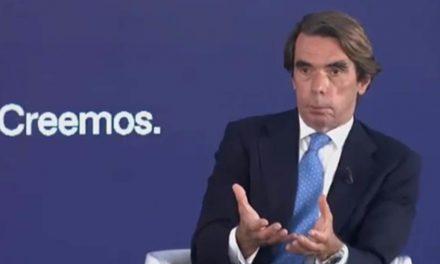 #AmloBurlaMundial. José María Aznar, ex presidente de España, se burla de apellidos del loco presidente de México
