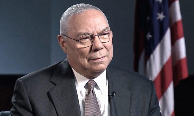 Muere a causa de la COVID-19 Colin Powell, secretario de Estado de EEUU con George W. Bush